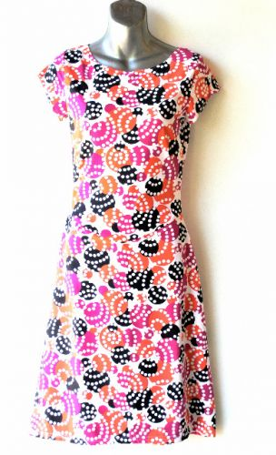 Ladies' Size S - Lots of Dots