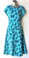 Ladies' Size XL - Navy Blue Flowers on Aqua