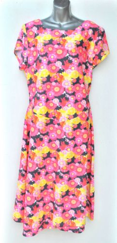 Ladies' Size XXL - Pink and Yellow Flowers